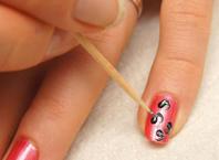 Рисунки на ногтях в домашних условиях зубочисткой схемы простые